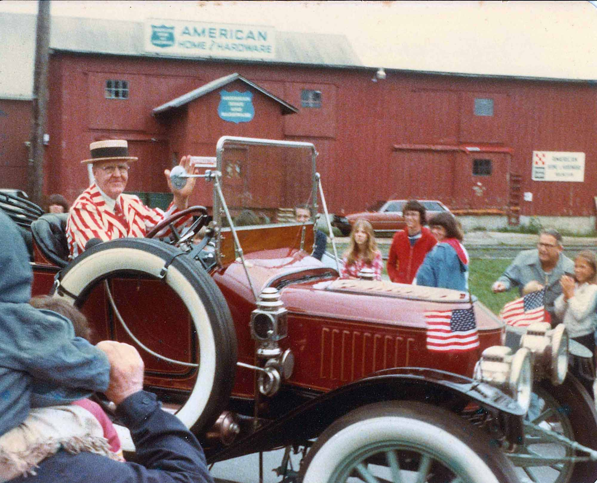 1978 07-4 Hockessin Parade-Tom driving Model 87