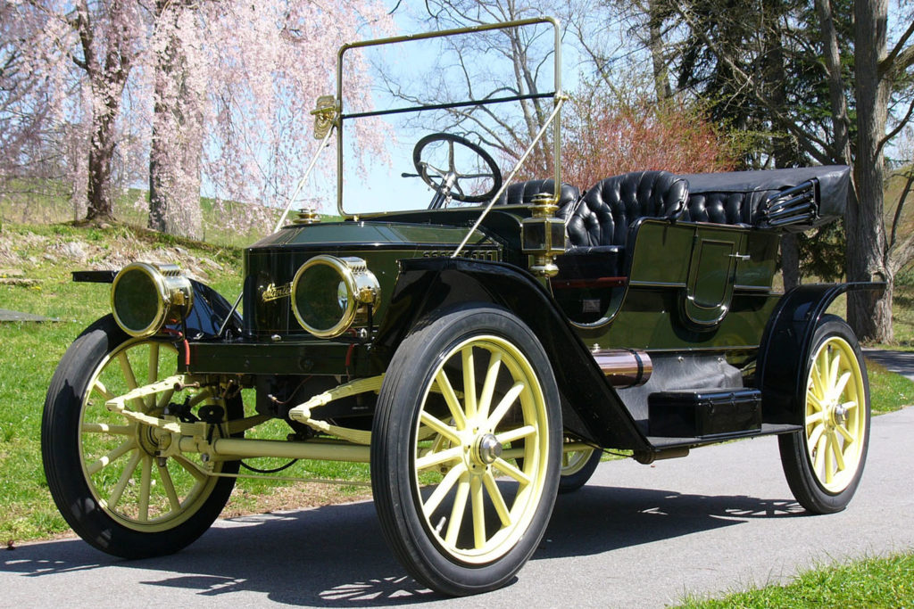 The 1910 Stanley Model 71 has an all green body, with a yellow undercarriage & wheel spokes